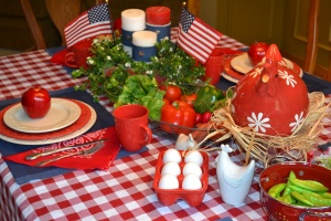 Memorial-Day-festive-table-decor
