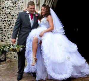 Channel 4 Gypsy wedding Josie aged 17 marries Swanley at Iver Church, Buckinghamshire