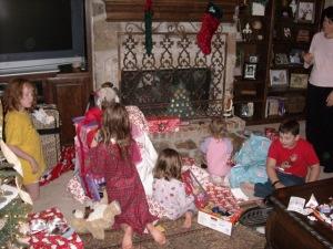 christmas23kidsmessy