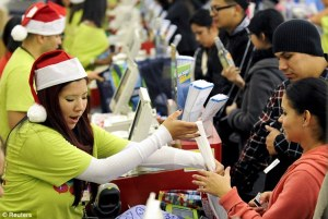 christmas5shoppers